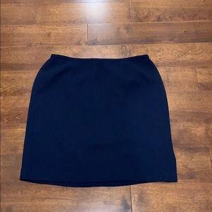 First Issue by Liz Claiborne navy skirt- size 18